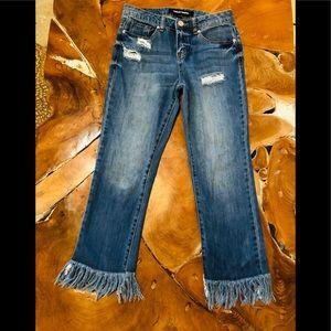 Cropped denim fringe jeans!